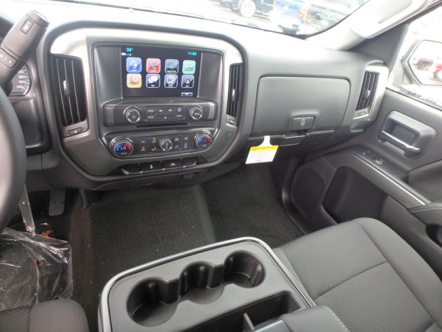 2018 Silverado 1500 Crew Cab 4x4,  Pickup #18532 - photo 16