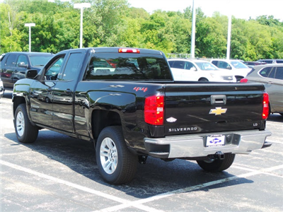 2019 Silverado 1500 Double Cab 4x4,  Pickup #19000 - photo 2