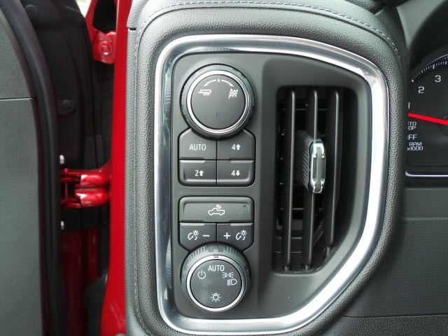 2019 Silverado 1500 Crew Cab 4x4,  Pickup #19058 - photo 16