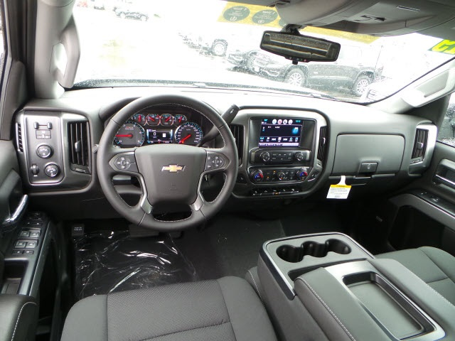 2019 Silverado 2500 Crew Cab 4x4,  Pickup #19122 - photo 10
