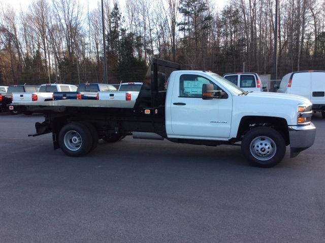 2016 Silverado 3500 Regular Cab, Knapheide Platform Body #GF274631 - photo 4