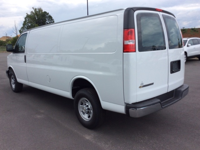 2017 Express 2500, Cargo Van #H1103369 - photo 3