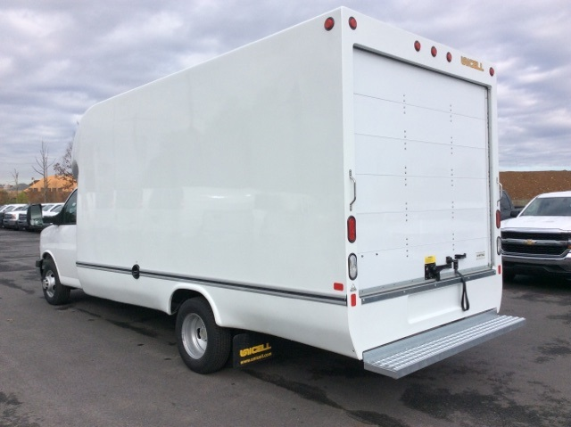 2017 Express 3500, Unicell Cutaway Van #H1117480 - photo 2