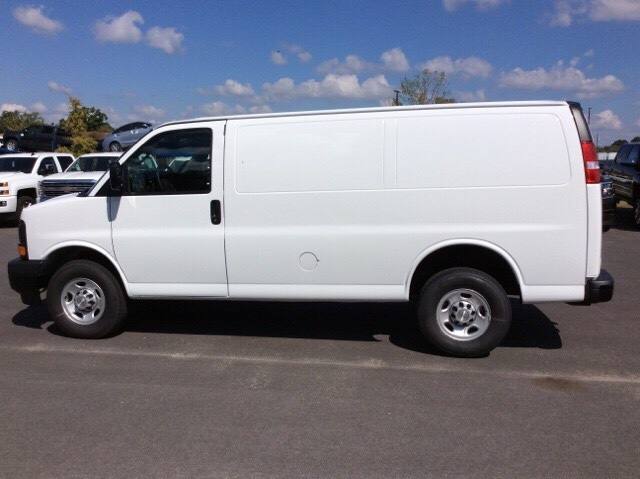 2017 Express 2500, Cargo Van #H1135466 - photo 10
