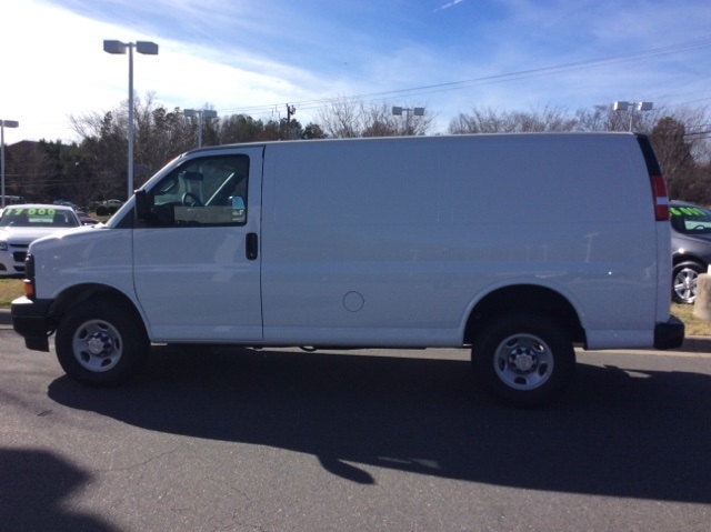 2017 Express 2500, Cargo Van #H1171369 - photo 8
