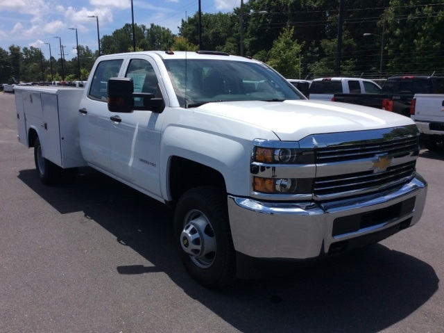 2017 Silverado 3500 Crew Cab DRW, Reading Service Body #HF135414 - photo 3