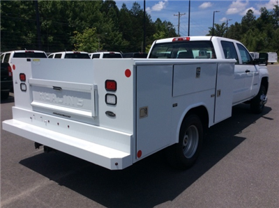 2017 Silverado 3500 Crew Cab DRW, Reading Classic II Steel Service Body #HF135414 - photo 5