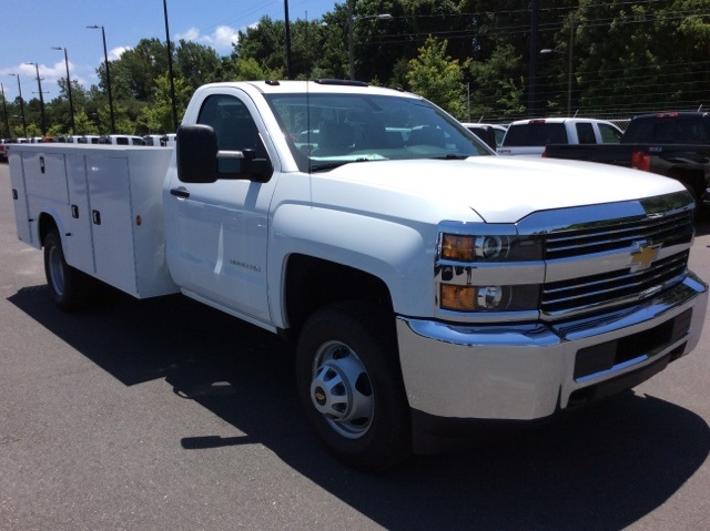 2017 Silverado 3500 Regular Cab DRW 4x4, Knapheide Service Body #HF176153 - photo 3