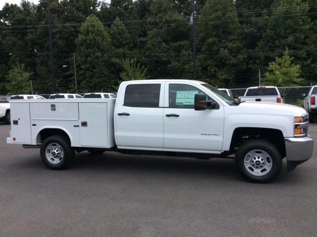 2017 Silverado 2500 Crew Cab, Reading Service Body #HF202982 - photo 4
