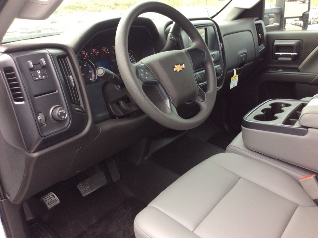 2017 Silverado 3500 Crew Cab DRW, Knapheide Value-Master X Platform Body #HF211008 - photo 12