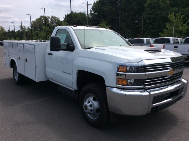 2017 Silverado 3500 Regular Cab DRW, Reading Service Body #HF214964 - photo 3
