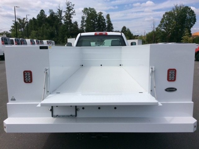2017 Silverado 3500 Regular Cab DRW, Reading Service Body #HF214964 - photo 7