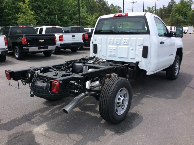 2017 Silverado 2500 Regular Cab, Reading Service Body #HZ308306 - photo 5