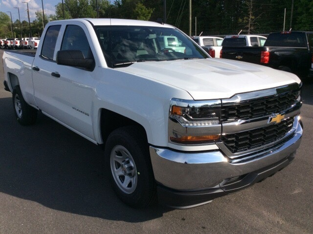 2017 Silverado 1500 Double Cab Pickup #HZ381419 - photo 3