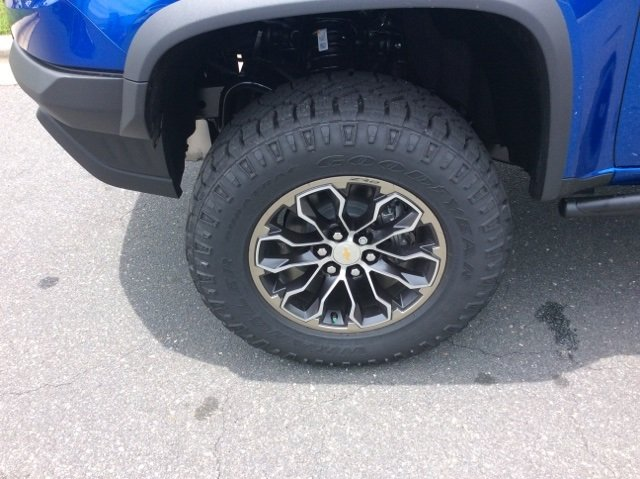 2018 Colorado Crew Cab 4x4,  Pickup #J1291416 - photo 12