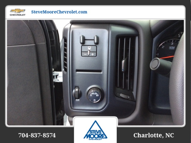 2018 Silverado 2500 Crew Cab 4x4, Reading SL Service Body #JF160380 - photo 16