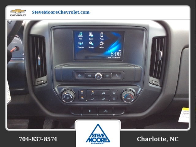 2018 Silverado 2500 Crew Cab 4x4, Reading SL Service Body #JF160380 - photo 20
