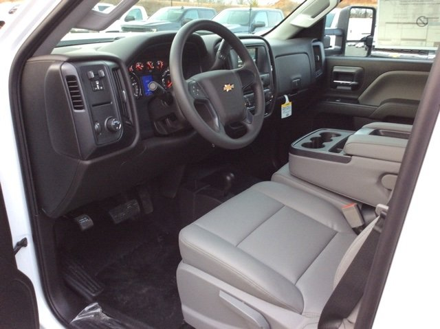 2018 Silverado 3500 Crew Cab 4x4, Pickup #JF185539 - photo 13