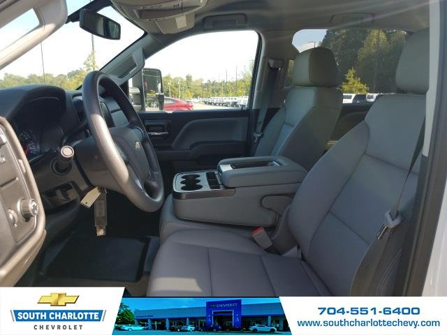2018 Silverado 2500 Crew Cab 4x2,  Reading Service Body #JF281135 - photo 11