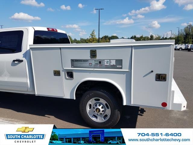 2018 Silverado 2500 Crew Cab 4x2,  Reading Service Body #JF281135 - photo 8
