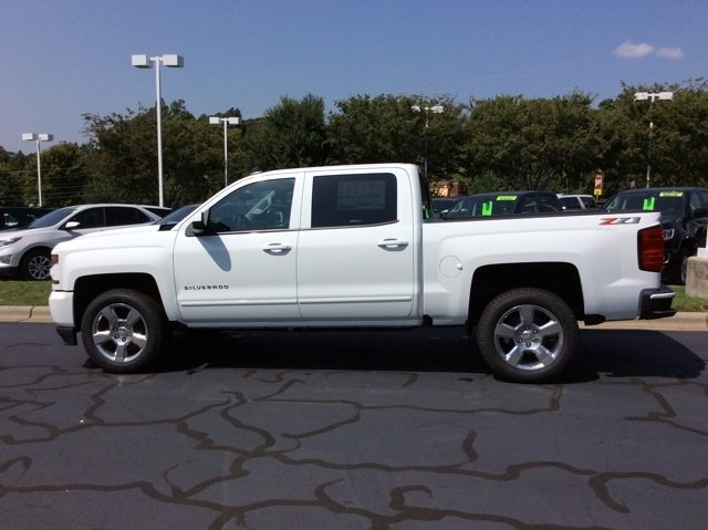 2018 Silverado 1500 Crew Cab 4x4,  Pickup #JG470876 - photo 3