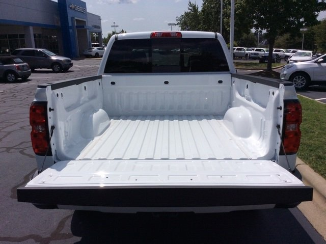 2018 Silverado 1500 Crew Cab 4x4,  Pickup #JG479188 - photo 8