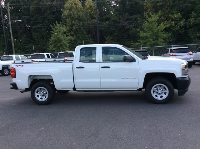 2018 Silverado 1500 Double Cab 4x4,  Pickup #JZ266067 - photo 4
