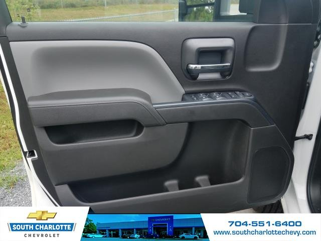 2018 Silverado 2500 Double Cab 4x4,  Reading Service Body #JZ323661 - photo 10