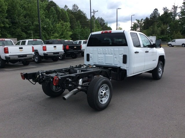 2018 Silverado 2500 Double Cab 4x2,  Cab Chassis #JZ343844 - photo 6