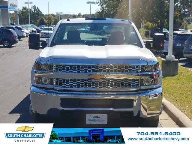 2019 Silverado 3500 Crew Cab DRW 4x4,  Reading Service Body #KF115578 - photo 5