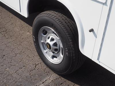 2021 Chevrolet Silverado 2500 Crew Cab 4x2, Service Body #MF173307 - photo 10