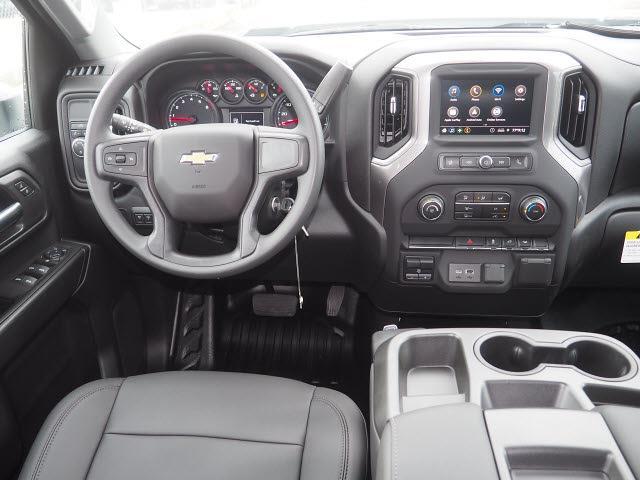 2021 Chevrolet Silverado 3500 Crew Cab 4x2, Platform Body #MF243604 - photo 12