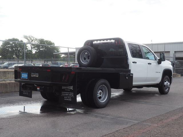 2021 Chevrolet Silverado 3500 Crew Cab 4x2, Platform Body #MF243604 - photo 2