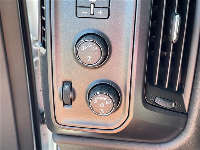 2021 Chevrolet Silverado 4500 Crew Cab DRW 4x4, CM Truck Beds RD Model Platform Body #MH265382 - photo 15