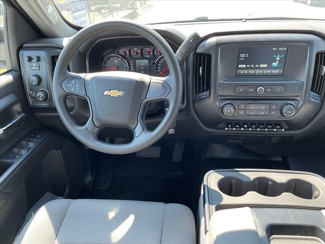2021 Chevrolet Silverado 4500 Crew Cab DRW 4x4, CM Truck Beds RD Model Platform Body #MH265382 - photo 8