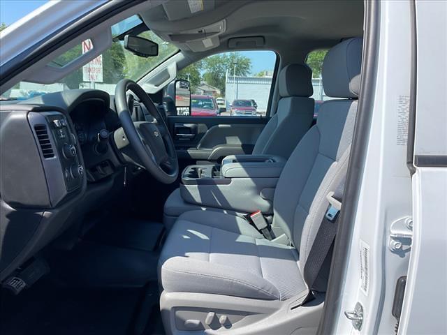 2021 Chevrolet Silverado 4500 Crew Cab DRW 4x4, CM Truck Beds RD Model Platform Body #MH609708 - photo 10