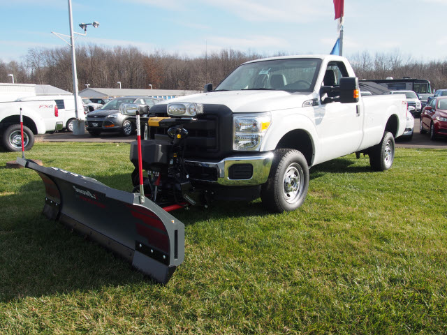 2016 F-250 Regular Cab 4x4, Pickup #T26207 - photo 3