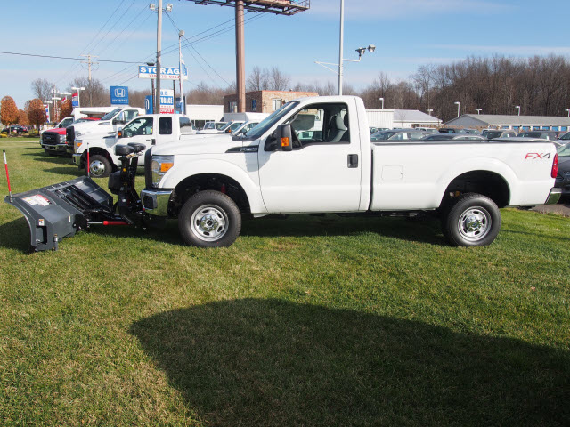 2016 F-250 Regular Cab 4x4, Pickup #T26207 - photo 6