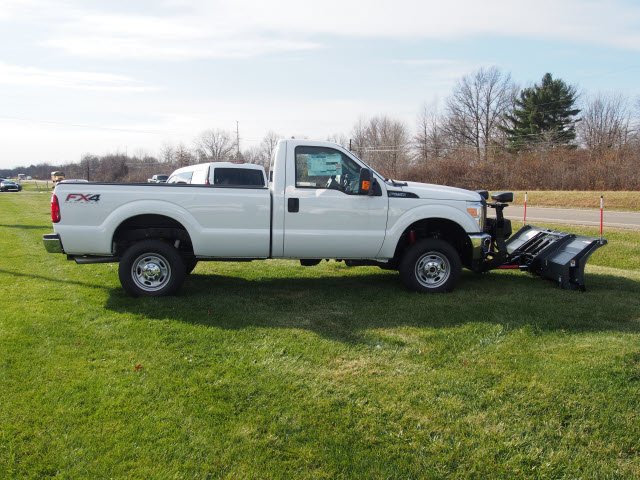 2016 F-250 Regular Cab 4x4, Pickup #T26207 - photo 8