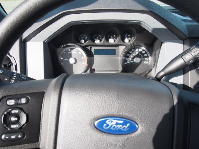 2016 F-250 Regular Cab 4x4, Pickup #T26207 - photo 18