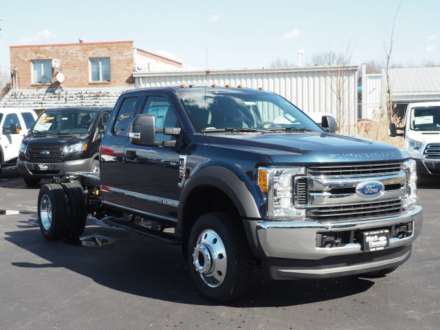 2017 F-450 Super Cab DRW 4x4, Cab Chassis #T27370 - photo 4
