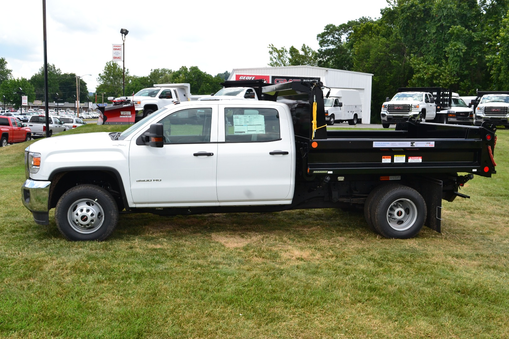 2016 Sierra 3500 Crew Cab 4x4, Cab Chassis #G16329 - photo 4