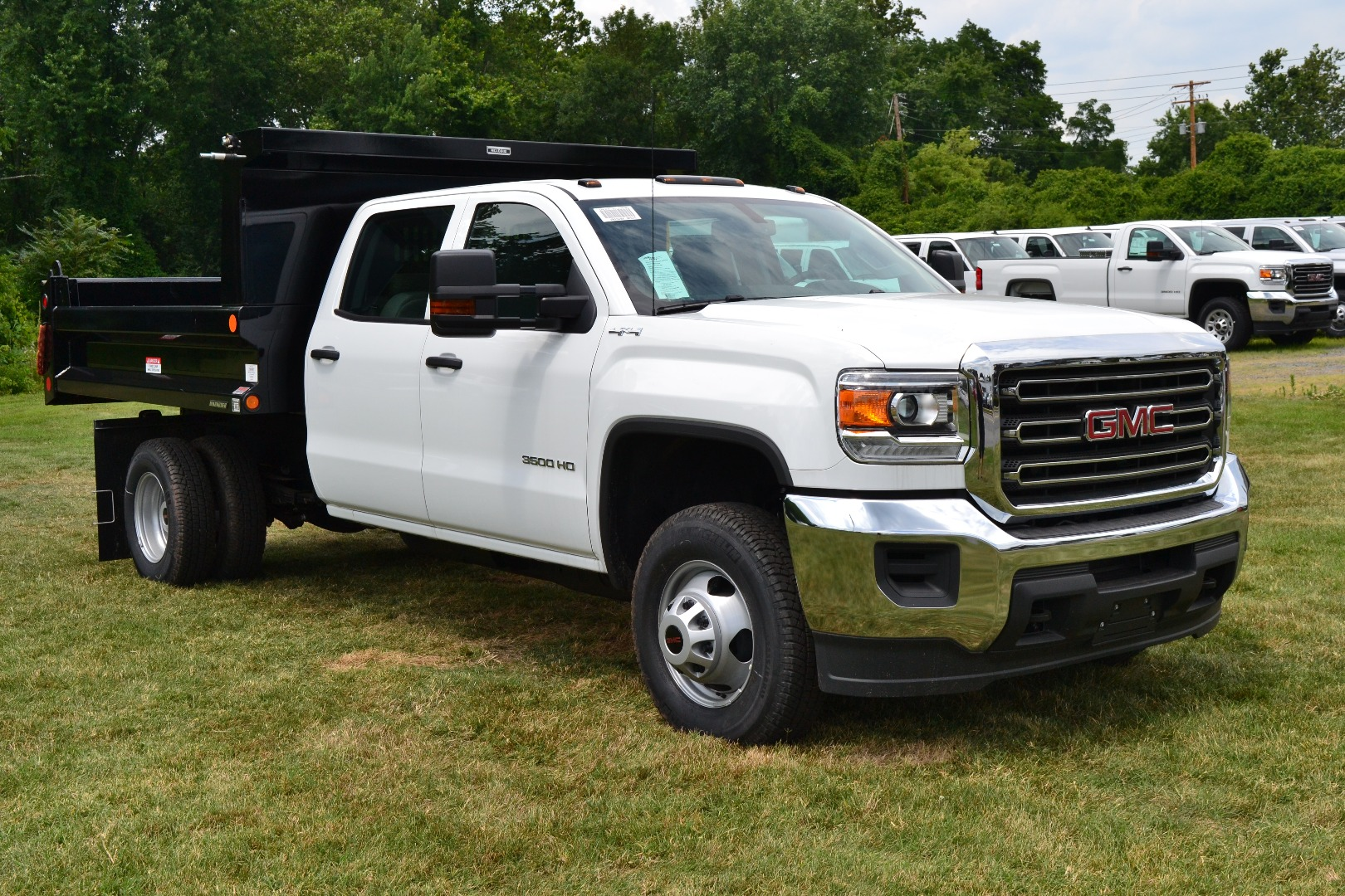 2016 Sierra 3500 Crew Cab 4x4, Cab Chassis #G16329 - photo 7