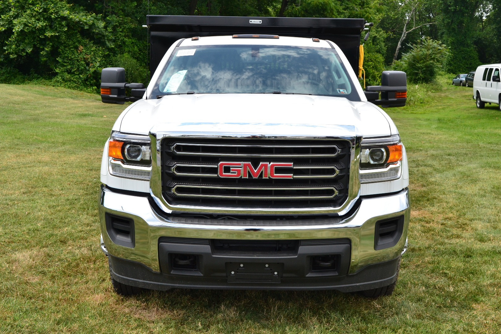 2016 Sierra 3500 Crew Cab 4x4, Cab Chassis #G16329 - photo 8