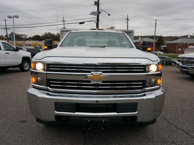2017 Silverado 3500 Regular Cab DRW 4x4 Stake Bed #C171438 - photo 4