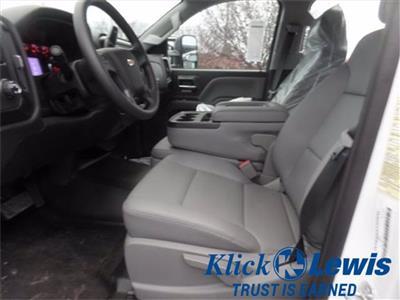 2020 Chevrolet Silverado 5500 Crew Cab DRW 4x2, Knapheide PGNC Gooseneck Platform Body #0825450 - photo 9