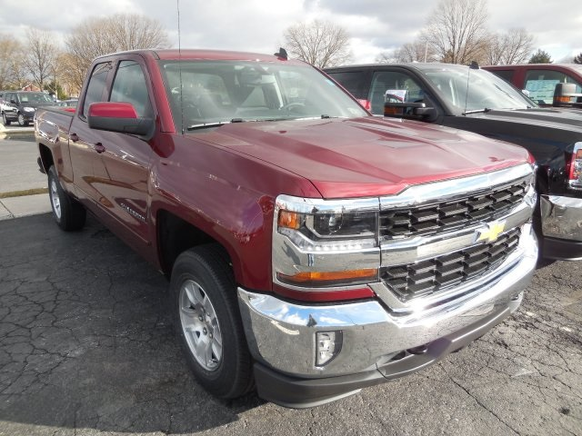 2017 Silverado 1500 Double Cab 4x4 Pickup #7805400 - photo 4