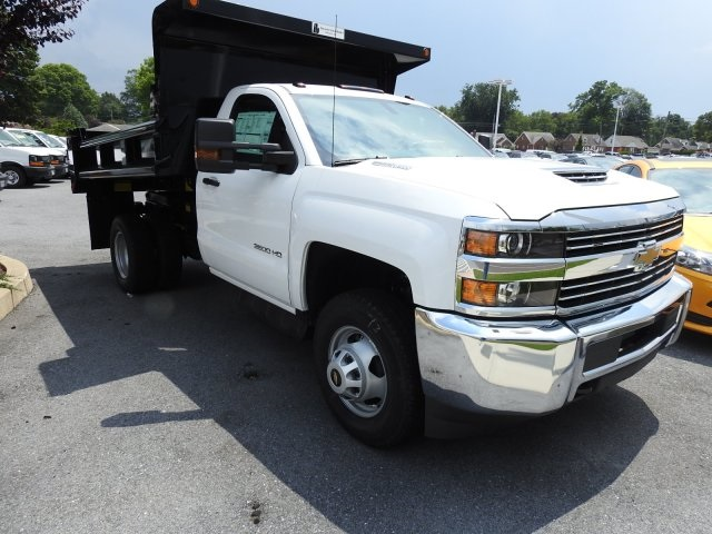 2017 Silverado 3500 Regular Cab DRW 4x4, Dump Body #7807010 - photo 5