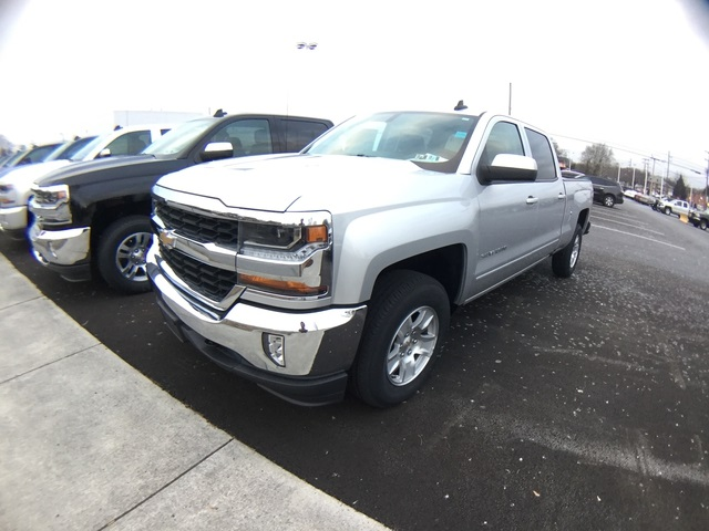 2018 Silverado 1500 Crew Cab 4x4, Pickup #8809130 - photo 1