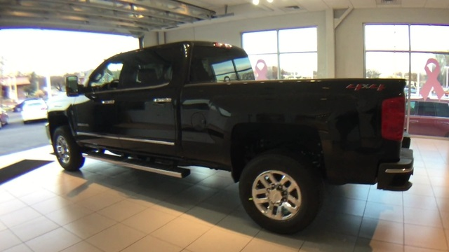 2018 Silverado 3500 Crew Cab 4x4 Pickup #8809170 - photo 2
